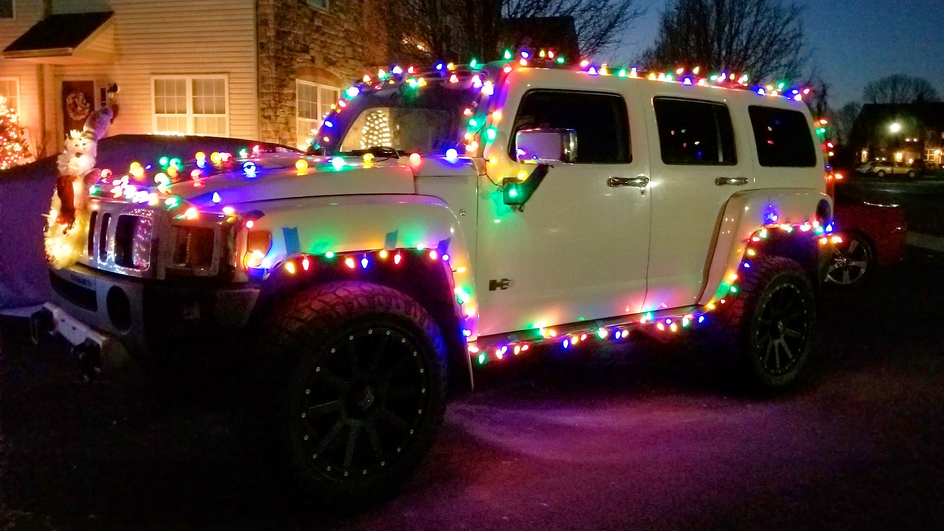 How to Run Christmas Lights on your Car